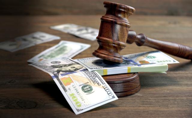 Какие МФО могут подать в суд на должника?