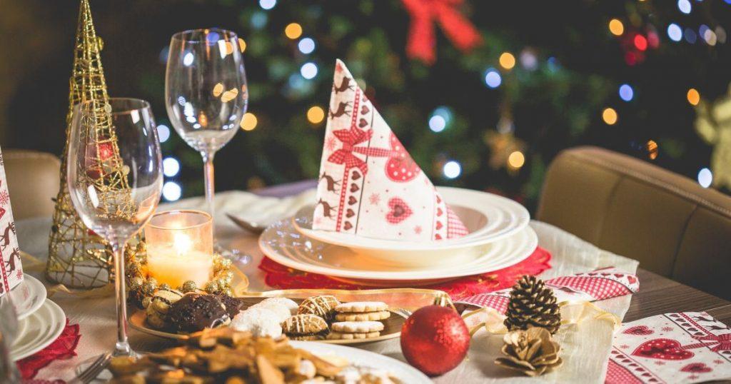 Во сколько обойдется новогодний стол к 2021 году в Украине?